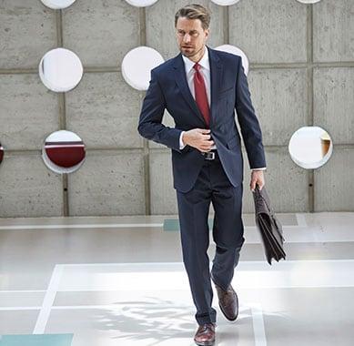 Business-Hemden: Zu jedem Business-Outfit gehört ein schickes Hemd | Walbusch