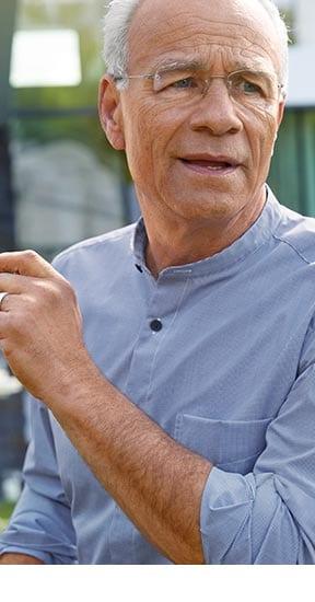Stehkragen-Hemd Minikaro Blau/Weiß   Walbusch