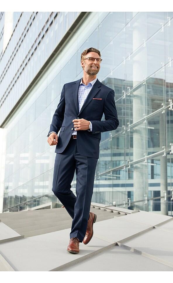 Herren-Anzug kombinieren: mit Krawatte oder ohne?