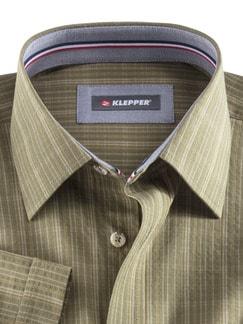 Klepper-Kurzarm-Hemd Seersucker Oliv Detail 3