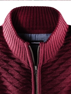 Strukturmix-Strickjacke Bordeaux Detail 3