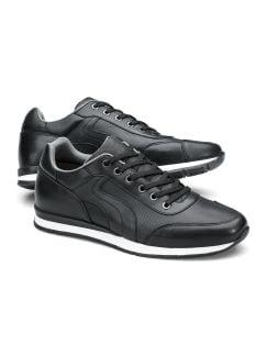 Perfo-Sneaker Handfinish