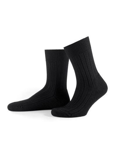 Falke Socke Teppich im Schuh