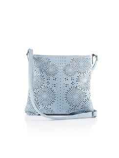 Tasche mit Blütenperforation Sky Blue Detail 3